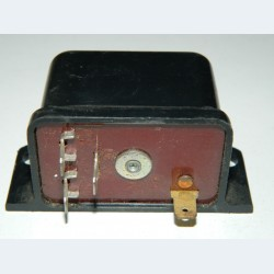 Реле зарядки батареи РС-702